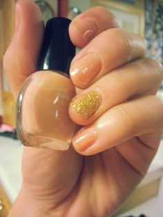 Nude and glitter♥