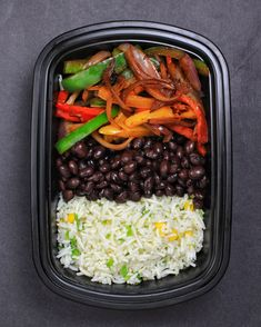 Fajita Bowl with Cilantro Lime Jalapeno Rice, Black Beans and Bell PeppersYou can f.Vegan Fajita Bowl with Cilantro Lime Jalapeno Rice, Black Beans and Bell PeppersYou can f. Veggie Meal Prep, Vegetarian Meal Prep, Lunch Meal Prep, Healthy Meal Prep, Vegetarian Recipes, Healthy Recipes, Meal Prep For Vegetarians, Easy Vegan Meals, Vegan Meal Plans