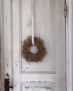 Cozy Christmas, Simple Christmas, Pretty Lights, Create Space, Tis The Season, Elsa, Wonderful Time, Advent, Greenery