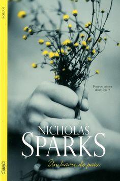 « Un havre de paix » le premier livre que j'ai lu de Nicholas Sparks, l'auteur des livres d'amour les plus lus dans le monde ! Je l'ai bien aimé. Je ne dirais pas qu'il fait partie de mes livres favorits mais il est très bon !