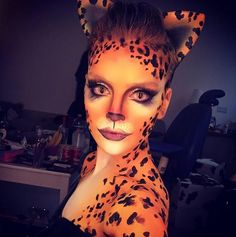 Perrie Edwards GUEPARDO.