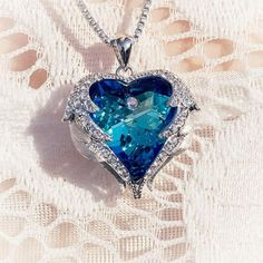 Crystals from Swarovski Necklaces Zircon Fashion Jewelry for Women Pendant Blue . - Crystals from Swarovski Necklaces Zircon Fashion Jewelry for Women Pendant Blue Rhinestone Luxury H - Fashion Necklace, Fashion Jewelry, Women Jewelry, Cute Jewelry, Jewelry Accessories, Jewelry Trends, Jewelry Bracelets, Heart Jewelry, Bridal Jewelry