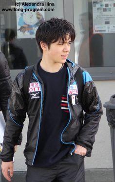 Shoma Uno 宇野昌磨 Kim Yuna, Motorcycle Jacket, Bomber Jacket, Skate Canada, Japanese Figure Skater, Shoma Uno, World Figure Skating Championships, Medvedeva, Ice Skaters