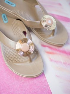 0b9cf3cc9f882 Oka-B Fiona sandals in aged gold