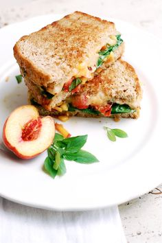 Tangy peaches on a bruschetta #grilledcheese sandwich ensure some Southern summer flavor. #artofcheese #presidentcheese #peaches #bruschetta #southern #summer
