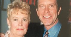 'Dancing With the Stars' host Tom Bergeron's mom, Kay, died on Saturday, March 5, just four months after his dad Ray's passing — see his tweet