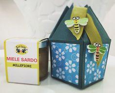 Video tutorial per realizzare una scatolina porta vasetto miele-marmellata.