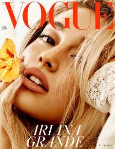 Vogue Covers, Vogue Magazine Covers, Fashion Magazine Cover, Vogue Uk, Vogue Fashion, Fashion Models, Vogue Russia, High Fashion, Vogue Photography