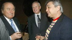 La Mafia  e`anche in tua citta       *       Die Mafia ist auch in deiner Stadt  : Hat Sepp Blatter Kontakt zur Russen-Mafia?