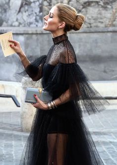 e231cae1a3ac Olivia Palermo is the ultimate in glam. This embellished black tulle  couture gown is so elegant. Andrada Ujoc · Magic dresses
