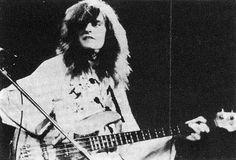 † Gary Thain  (May 15, 1948 - March 19, 1976) British guitarist (the band Uriah Heep).