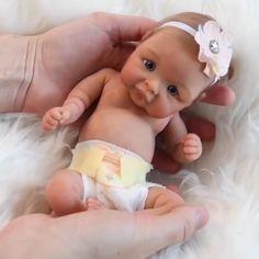 Reborn Baby Dolls, Real Baby Dolls, Baby Doll Toys, Baby Alive Dolls, Twin Baby Girls, Cute Newborn Baby Girl, Kids Gifts, Baby Gifts, Gifts For Family
