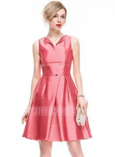 [US$ 68.99] A-Line/Princess V-neck Knee-Length Taffeta Cocktail Dress With Beading