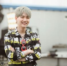 Image uploaded by — 𝑒𝓂𝓂𝒶. Find images and videos about kpop, bts and jungkook on We Heart It - the app to get lost in what you love. Suga Suga, Min Yoongi Bts, Bts Bangtan Boy, Bts Boys, Daegu, V Taehyung, Foto Bts, K Pop, Mixtape