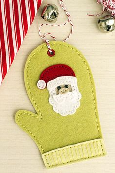 Mitten Ornament with Santa Embellishment by Erin Lincoln for Papertrey Ink (November 2015)