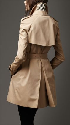 Burberry - trench pour une taille petite