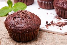 Indulge your sweet tooth with these chocolate peppermint muffins made with a healthy secret ingredient. 148 calories per serving. Get the recipe. Healthy Muffins, Healthy Treats, Healthy Desserts, Dessert Recipes, Chocolate Muffins, Mint Chocolate, Healthy Chocolate, Cake Pops, Cupcakes