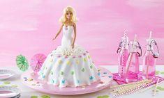 Barbie®-Kuchen Rezept: Ein lockerer Rührkuchen mit Schokostückchen - Eins von 7.000 leckeren, gelingsicheren Rezepten von Dr. Oetker!