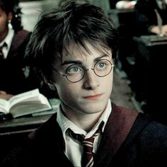 Harry Potter Costumes harry potter // prisoner of azkaban - Daniel Radcliffe Harry Potter, Harry James Potter, Harry Potter Tumblr, Harry Potter Icons, Harry Potter Pictures, Harry Potter Cast, Harry Potter Quotes, Harry Potter Characters, Harry Potter Universal