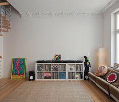 dj room- no clutter