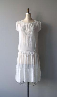 Kleinigkeiten Kleid 1920er Jahre Vintage Kleid von DearGolden