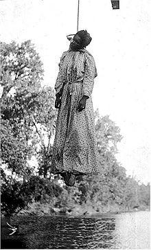 220px-Lynching-of-woman-1911