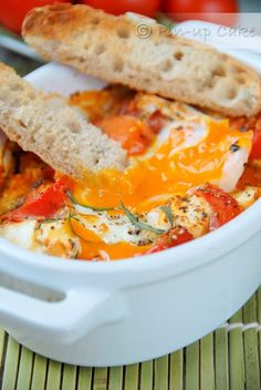 Tomato and Feta Baked Eggs Baked Eggs, Food Inspiration, Thai Red Curry, Feta, Baking, Breakfast, Ethnic Recipes, Deviled Eggs, Morning Coffee