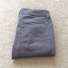 Gray Corduroy Pants Gray corduroy pants from Ann Taylor's LOFT. Straight leg. Size 2 or 26. Brand new and worn only once. Perfect condition LOFT Pants Straight Leg