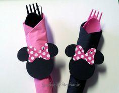 Minnie Mouse Napkin Rings with Silverware by sparklebystephanie