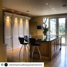 #Repost @robertsamuelbespokeinteriors ・・・ A section of a kitchen from a few years back. Hand painted larder units. Oak island with granite worktop. #freshfield #kitchen #kitchenlife #kitchendesign #designer #interior #inspiration #furnituremanufacturer #f