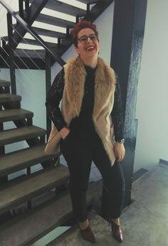 Despre colaborarea mea cu Bonprix si cum am integrat vesta cu blana in tinuta pentru birou – Fabulous beyond size My Outfit, Fur Coat, Plus Size, Jackets, Outfits, Fashion, Down Jackets, Moda, Suits
