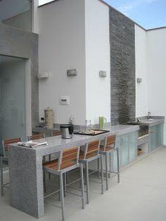 Federico Vargas Martinez: CASAS DE PLAYA Backyard Bar, Modern Backyard, Bbq Island, Patio Kitchen, Modern Garden Design, Pool Bar, Outdoor Living, Indoor Outdoor, Modern Architecture