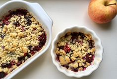 Crumble pommes et fruits rouges - BOLERO Acai Bowl, Cereal, Oatmeal, Magazine, News, Breakfast, Desserts, Food, Red Berries