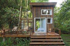 แปลนบ้านขนาดเล็ก Gray Things gray color for bedroom Hut House, Tiny House Cabin, Tiny House Living, Tiny House Design, Bamboo House, Forest House, Tropical Houses, Tropical House Design, House Goals