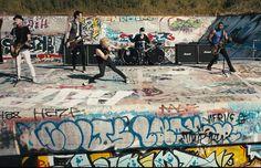 Video: Sum 41 – Goddamn I'm Dead Again Musica