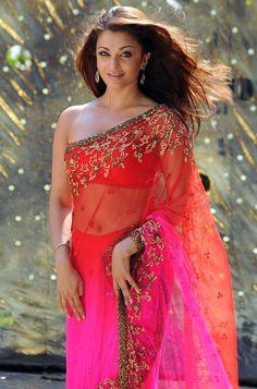 Aishwarya Rai Unseen hot Stills from Enthiran Robo Robot Telugu Cinema ... Aishwarya Rai Songs Wallpaper / indian.photosheaf.com