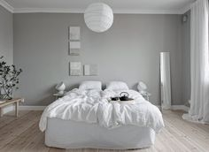 A home tour around a beautiful, calm Scandinavian interior with white and grey decoration Nordic Bedroom, Scandinavian Bedroom, Scandinavian Interior Design, Home Bedroom, Gravity Home, Grey Walls, Furniture, Home Decor, Beige