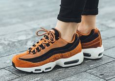 new style 4df6d 57e35 Nike air max 95 lx w - cider, black, tar   sail trainers in