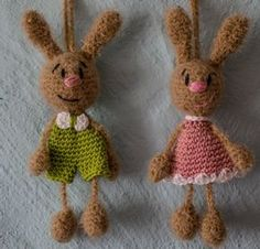 Baby Knitting Patterns Men These Taschenbaumler are perfect as a small souvenir. You decorate … Baby Knitting Patterns, Easter Crochet Patterns, Sewing Patterns, Crochet Rabbit, Crochet Baby, Hobbies And Crafts, Diy And Crafts, Bag Hanger, Chain Stitch