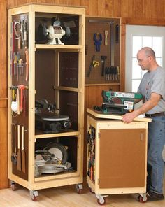 Bench-Tool Storage System Woodworking Plan — Save valuable space by storing your benchtop tools vertically on trays in a roll-around cabinet. The matching tool base makes a perfect mobile workstation.