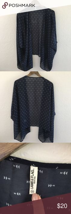 Lamb and flag kimono Navy blue kimono with white arrow pattern detail. Short sleeve and hits and slightly high low lamb and flag Other