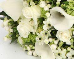 textured-brides-handtied-bouquet-wedding-flowers-sheffield.jpg 688×550 pixels