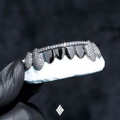 Solid Black Gold Bottom 8 Grills Iced With White Diamonds & Finished With Solid Black Gold Lower-Mids. Luxury Jewelry, Custom Jewelry, Diamond Grillz, Black Gold Jewelry, Gold Jewellery, Gold Teeth, Eternity Ring Diamond, Blue Topaz Ring, Unique Rings
