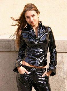 Cutie in a superb black Vinyl Outfit Fetish Fashion, Latex Fashion, Vinyl Dress, Vinyl Clothing, Latex Girls, Latex Dress, Sexy Latex, Vinyl Shirts, Sexy Outfits