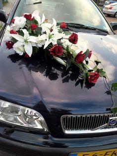 Bride's Cars : Bride's Cars : Picture Description wedding car decoration photos – . Diy Wedding Food, Wedding Car Decorations, Post Wedding, Wedding Events, Cascading Flowers, Bridal Flowers, Asian Lilies, Decoration Photo, Bridal Car