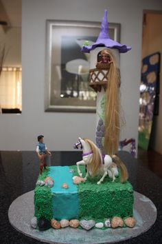 Rapunzel let down your hair! — Children's Birthday Cakes