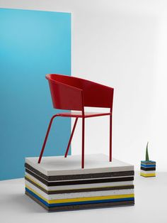 Fauteuil TNP By Christophe Pillet. Love this chair.