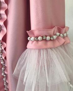 Kurti Sleeves Design, Sleeves Designs For Dresses, Sleeve Designs, Blouse Designs, Pakistani Fashion Casual, Indian Fashion Dresses, Stylish Dresses For Girls, Stylish Dress Designs, Cute Maternity Dresses