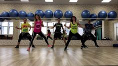We all fell in love with this song and we created together this choreo on our way to our Master Class in Debrecen Hungary, starting this year full of happine. Zumba Videos, Zumba Workout Videos, Zumba Fitness, Beginning Running, After Running, Daddy Yankee, Zumba Outfit, Workout Programs, Exercise