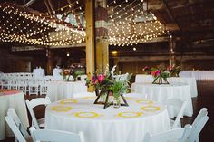 modern wedding centerpieces - photos by Shannon Roddy and Elena Mudd for Amber…